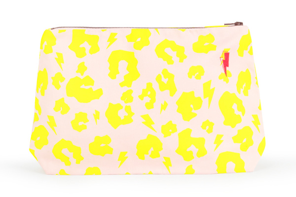 Fiive Beauty Top 5 Makeup bags Scamp and Dude